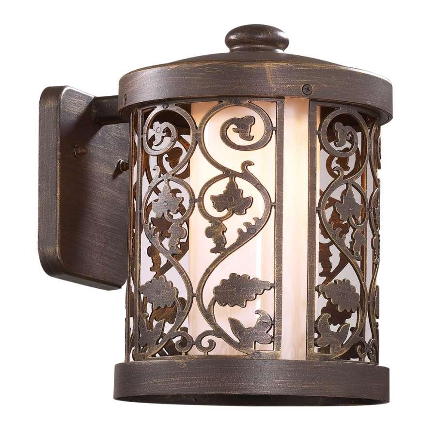 Светильник уличный настенный Odeon lightСветильники уличные<br>Мощность: 100,<br>Тип установки: настенный,<br>Стиль светильника: классика,<br>Материал светильника: металл,<br>Количество ламп: 1,<br>Тип лампы: накаливания,<br>Патрон: Е27,<br>Степень защиты от пыли и влаги: IP 44,<br>Цвет арматуры: коричневый,<br>Диаметр: 211,<br>Ширина: 290,<br>Высота: 290<br>