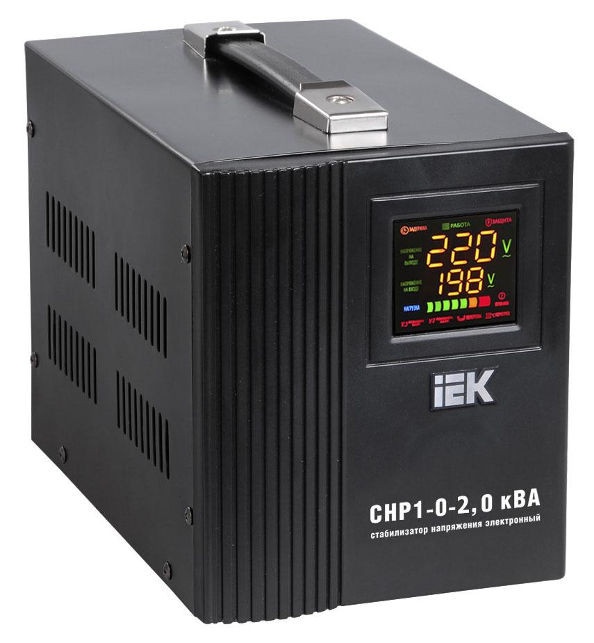 Стабилизатор напряжения IekСтабилизаторы и ИБП<br>Мощность полная: 1400,<br>Мощность: 2000,<br>Тип: однофазный стабилизатор,<br>Тип стабилизатора: электронный (релейный),<br>Тип установки: напольный,<br>Мин. входное напряжение: 140,<br>Макс. входное напряжение: 270,<br>Выходное напряжение: 220,<br>Дисплей: цифровой<br>