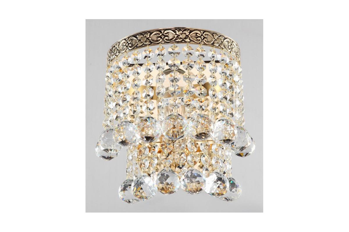 Бра MaytoniНастенные светильники и бра<br>Тип: настенный,<br>Назначение светильника: для комнаты,<br>Стиль светильника: классика,<br>Материал светильника: металл,<br>Тип лампы: накаливания,<br>Количество ламп: 1,<br>Мощность: 60,<br>Патрон: Е27,<br>Цвет арматуры: золото,<br>Высота: 165,<br>Диаметр: 170<br>