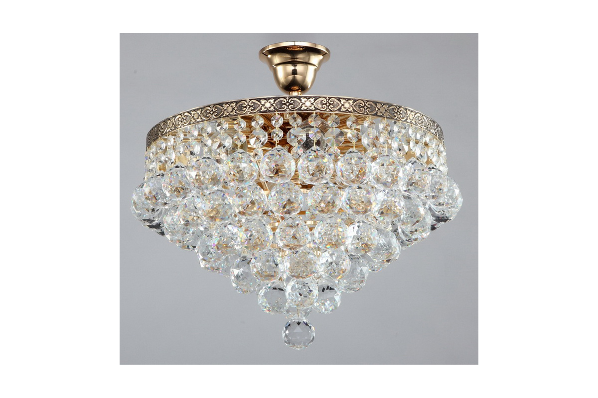 Люстра MaytoniЛюстры<br>Назначение светильника: для гостиной,<br>Стиль светильника: классика,<br>Тип: подвесная,<br>Материал светильника: металл,<br>Материал арматуры: металл,<br>Ширина: 380,<br>Диаметр: 380,<br>Высота: 380,<br>Количество ламп: 6,<br>Тип лампы: накаливания,<br>Мощность: 60,<br>Патрон: Е27,<br>Цвет арматуры: золото<br>