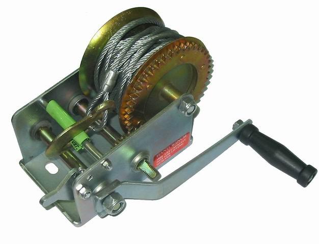 Лебедка SkrabЛебедки (тали)<br>Длина троса: 10,<br>Максимальная нагрузка: 810,<br>Тип: механическая,<br>Тип устройства: лебедка,<br>Вес нетто: 3.5<br>
