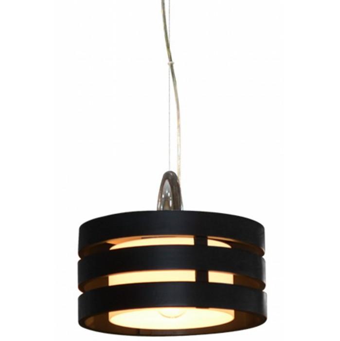 Светильник подвесной Arte lampСветильники подвесные<br>Количество ламп: 1,<br>Мощность: 60,<br>Назначение светильника: для кухни,<br>Стиль светильника: кантри,<br>Материал светильника: металл, дерево,<br>Диаметр: 300,<br>Высота: 1000,<br>Тип лампы: накаливания,<br>Патрон: Е27,<br>Цвет арматуры: дерево<br>