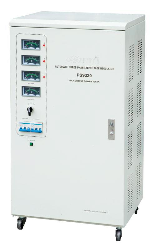 Стабилизатор напряжения Sturm!Стабилизаторы и ИБП<br>Мощность: 30000,<br>Тип: однофазный стабилизатор,<br>Тип стабилизатора: электронный (релейный),<br>Тип установки: напольный,<br>Мин. входное напряжение: 140,<br>Макс. входное напряжение: 280,<br>Выходное напряжение: 220,<br>Дисплей: стрелочный,<br>Вес нетто: 115<br>
