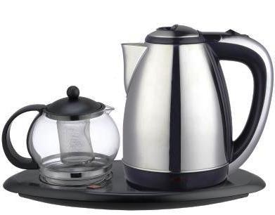 Чайник IritЧайники и термопоты<br>Тип: чайный набор,<br>Мощность: 1850,<br>Объем: 1.8,<br>Цвет: черный/серый,<br>Нагревательный элемент: дисковый,<br>Материал: металл,<br>Дорожный: нет,<br>Световая индикация: есть,<br>Защита от включения без воды: есть<br>