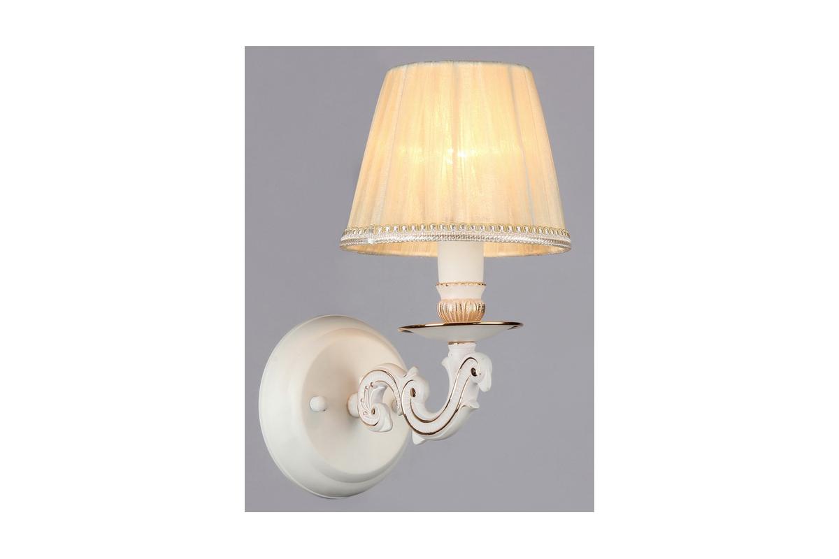 Бра MaytoniНастенные светильники и бра<br>Тип: бра,<br>Назначение светильника: для гостиной,<br>Стиль светильника: классика,<br>Материал светильника: металл, ткань,<br>Тип лампы: накаливания,<br>Количество ламп: 1,<br>Мощность: 40,<br>Патрон: Е14,<br>Цвет арматуры: белый,<br>Высота: 280,<br>Диаметр: 150<br>