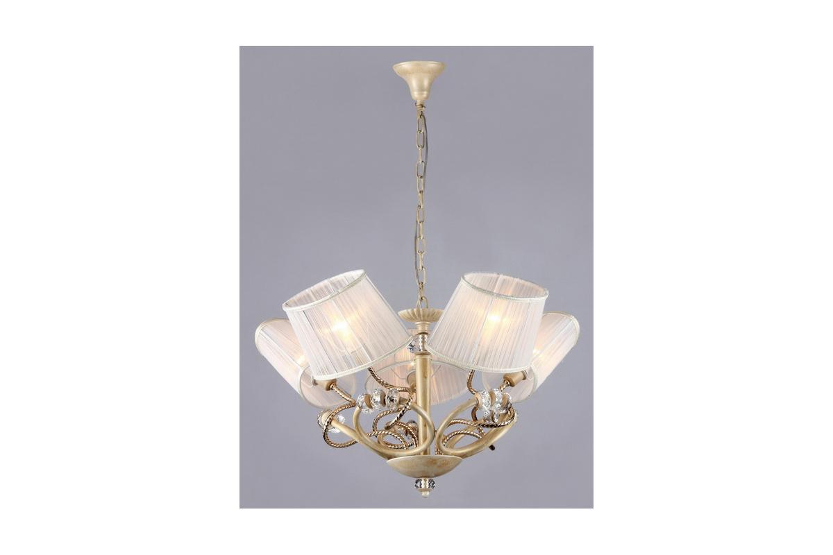 Люстра MaytoniЛюстры<br>Назначение светильника: для гостиной,<br>Стиль светильника: классика,<br>Тип: подвесная,<br>Материал светильника: металл, ткань,<br>Материал плафона: ткань,<br>Материал арматуры: металл,<br>Диаметр: 740,<br>Высота: 540,<br>Количество ламп: 5,<br>Тип лампы: накаливания,<br>Мощность: 40,<br>Патрон: Е14,<br>Цвет арматуры: золото<br>