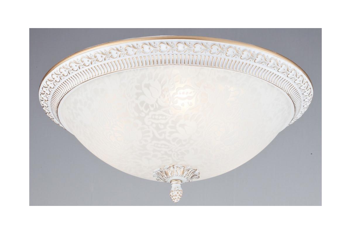 Светильник настенно-потолочный MaytoniСветильники настенно-потолочные<br>Мощность: 40,<br>Количество ламп: 3,<br>Назначение светильника: для гостиной,<br>Стиль светильника: классика,<br>Материал светильника: металл, стекло,<br>Тип лампы: накаливания,<br>Высота: 160,<br>Диаметр: 370,<br>Патрон: Е14,<br>Цвет арматуры: белое золото<br>