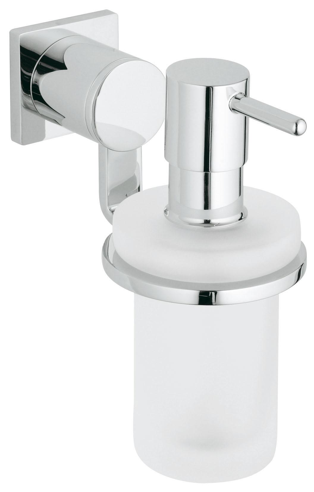 Диспенсер для жидкого мыла GroheДиспенсеры<br>Назначение: для жидкого мыла,<br>Цвет покрытия: хром глянцевый,<br>Материал: металл,<br>Высота: 152,<br>Глубина: 145,<br>Способ крепления: на стену,<br>Коллекция: allure<br>