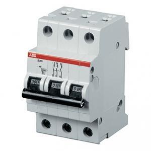 Автомат AbbАвтоматические выключатели<br>Номинальный ток: 25, Тип выключателя: автомат, Количество полюсов: 3, Номинальная отключающая способность: 4500, Степень защиты от пыли и влаги: IP 20, Количество модулей: 3<br>