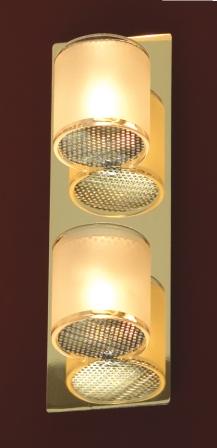 Бра LussoleНастенные светильники и бра<br>Тип: настенный,<br>Назначение светильника: для комнаты,<br>Стиль светильника: модерн,<br>Материал светильника: металл, стекло,<br>Тип лампы: галогенная,<br>Количество ламп: 2,<br>Мощность: 40,<br>Патрон: G9,<br>Цвет арматуры: золото,<br>Ширина: 80<br>