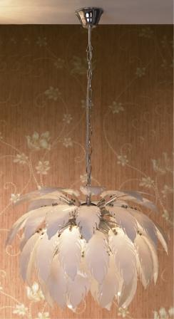 Люстра LussoleЛюстры<br>Назначение светильника: для комнаты,<br>Стиль светильника: модерн,<br>Тип: потолочная,<br>Материал светильника: металл, стекло,<br>Материал арматуры: металл,<br>Длина (мм): 1250,<br>Ширина: 490,<br>Количество ламп: 5,<br>Тип лампы: накаливания,<br>Мощность: 40,<br>Патрон: Е14,<br>Цвет арматуры: хром<br>