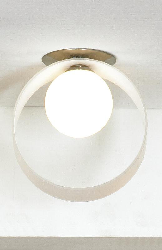 Светильник LussoleСветильники встраиваемые<br>Стиль светильника: модерн,<br>Форма светильника: круг,<br>Материал светильника: металл, стекло,<br>Количество ламп: 1,<br>Тип лампы: галогенная,<br>Мощность: 40,<br>Патрон: G9,<br>Цвет арматуры: никель<br>
