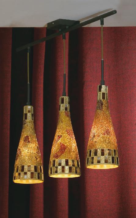 Подвес LussoleСветильники подвесные<br>Количество ламп: 3,<br>Мощность: 40,<br>Назначение светильника: для комнаты,<br>Стиль светильника: модерн,<br>Материал светильника: металл, стекло,<br>Длина (мм): 1500,<br>Ширина: 800,<br>Тип лампы: накаливания,<br>Патрон: Е14,<br>Цвет арматуры: дерево<br>