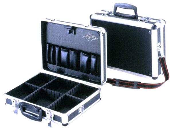 Кейс AistЯщики и кейсы<br>Назначение: для ручного инструмента,<br>Форм-фактор: ящик(кейс),<br>Длина (мм): 360,<br>Ширина: 260,<br>Высота: 130<br>