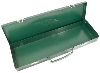 Кейс AistЯщики и кейсы<br>Назначение: для ручного инструмента,<br>Форм-фактор: ящик(кейс),<br>Длина (мм): 445,<br>Ширина: 185,<br>Высота: 50,<br>Материал: металл<br>