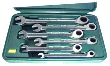 Набор шарнирно-губцевых инструментов, 4 предмета Aist