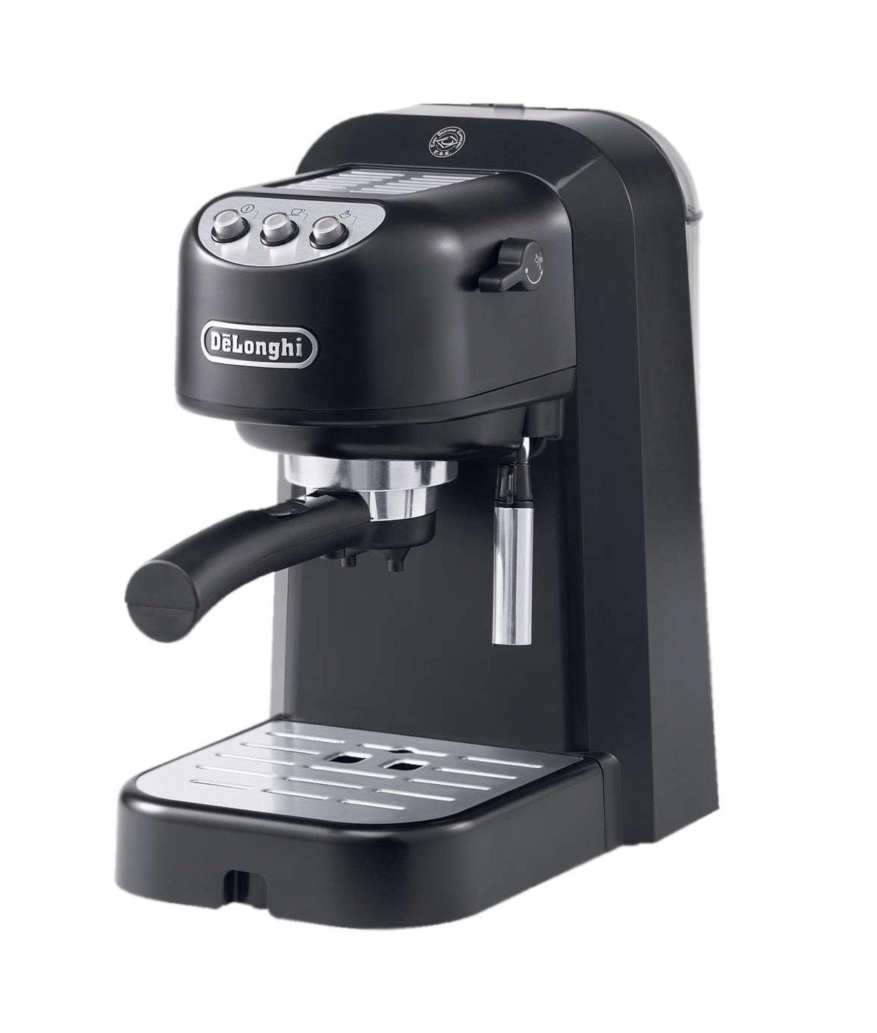 Кофеварка DelonghiКофеварки<br>Тип: эспрессо,<br>Тип используемого кофе: молотый,<br>Мощность: 1100,<br>Объем резервуара для воды: 1.1,<br>Макс. давление: 15<br>