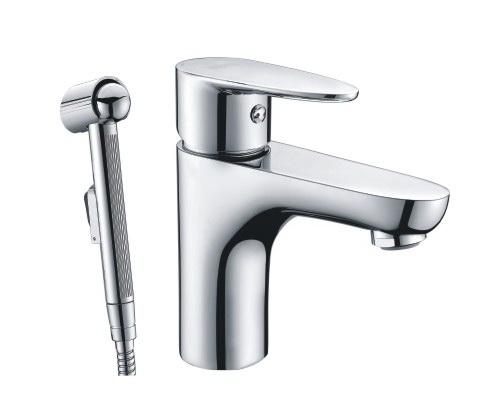 Смеситель для раковины WasserkraftСмесители<br>Назначение смесителя: для раковины, Гигиенический душ: есть, Тип управления смесителя: однорычажный, Цвет покрытия: хром, Стиль смесителя: модерн, Монтаж смесителя: горизонтальный, Тип установки смесителя: на мойку (раковину), Материал смесителя: латунь, Излив: традиционный, Аэратор: есть, Лейка: есть, Родина бренда: Германия<br>