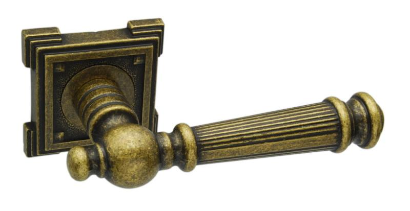Ручка фалевая Adden bauДверная фурнитура<br>Тип дверной фурнитуры: ручка,<br>Материал: ЦАМ,<br>Цвет: бронза<br>