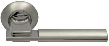 Ручка фалевая ArchieДверная фурнитура<br>Тип дверной фурнитуры: ручка,<br>Материал: ЦАМ,<br>Цвет: матовый хром/хром<br>