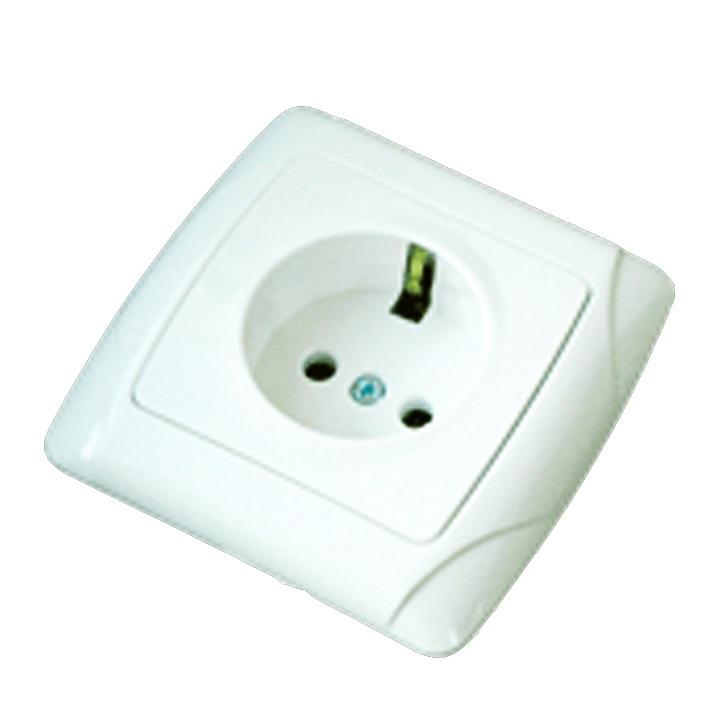 Розетка ТДМЭлектроустановочные изделия<br>Тип изделия: розетка,<br>Способ монтажа: открытой установки,<br>Цвет: белый,<br>Заземление: есть,<br>Сила тока: 16,<br>Количество гнезд: 2,<br>Выходная мощность максимально: 3500,<br>Напряжение: 220,<br>Назначение: подключение бытовых нагрузок к сети переменного тока,<br>Коллекция: онега<br>