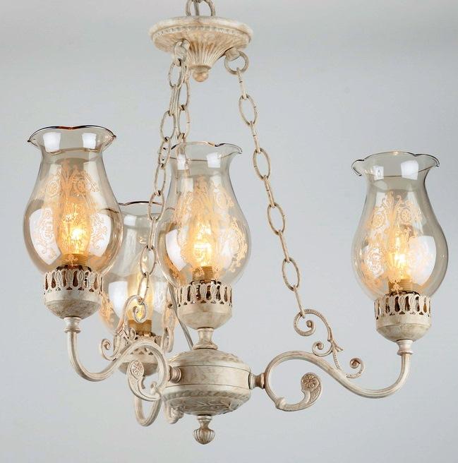 Люстра RivoliЛюстры<br>Назначение светильника: для гостиной,<br>Стиль светильника: классика,<br>Тип: потолочная,<br>Материал светильника: металл, стекло,<br>Материал плафона: стекло,<br>Материал арматуры: металл,<br>Длина (мм): 500,<br>Ширина: 540,<br>Количество ламп: 4,<br>Тип лампы: накаливания,<br>Мощность: 60,<br>Патрон: Е14,<br>Цвет арматуры: белый<br>