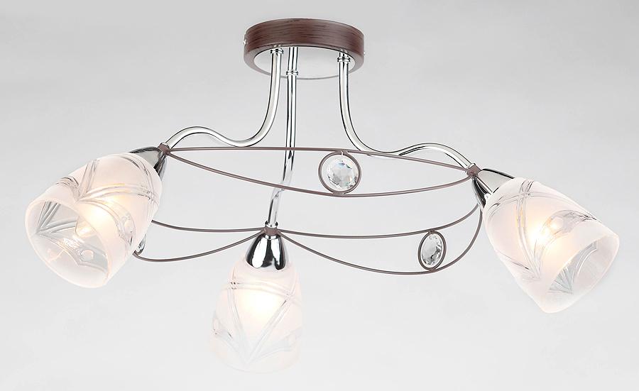 Люстра RivoliЛюстры<br>Назначение светильника: для комнаты,<br>Стиль светильника: модерн,<br>Тип: потолочная,<br>Материал светильника: металл, стекло, хрусталь,<br>Материал плафона: стекло,<br>Материал арматуры: металл,<br>Длина (мм): 295,<br>Ширина: 450,<br>Высота: 450,<br>Количество ламп: 3,<br>Тип лампы: накаливания,<br>Мощность: 40,<br>Патрон: Е14,<br>Цвет арматуры: хром,<br>Вес нетто: 2.8<br>