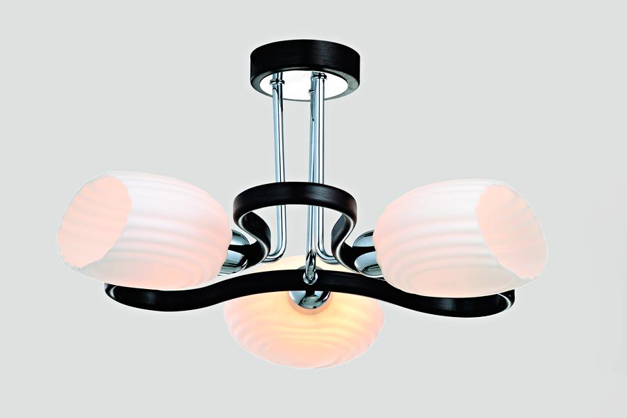 Люстра RivoliЛюстры<br>Назначение светильника: для комнаты,<br>Стиль светильника: модерн,<br>Тип: потолочная,<br>Материал светильника: металл, стекло,<br>Материал плафона: стекло,<br>Материал арматуры: металл,<br>Длина (мм): 230,<br>Ширина: 420,<br>Высота: 420,<br>Количество ламп: 3,<br>Тип лампы: накаливания,<br>Мощность: 40,<br>Патрон: Е14,<br>Цвет арматуры: хром,<br>Вес нетто: 2.8<br>