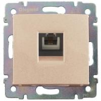 Механизм розетки LegrandЭлектроустановочные изделия<br>Тип изделия: механизм телефонной розетки,<br>Способ монтажа: скрытой установки,<br>Цвет: бежевый,<br>Заземление: нет,<br>Степень защиты от пыли и влаги: IP 20<br>