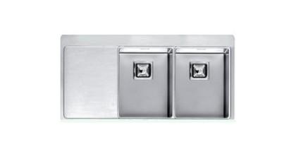 Мойка кухонная ReginoxМойки кухонные<br>Тип установки кухонной мойки: врезной,<br>Материал изготовления кухонной мойки: нержавеющая сталь,<br>Отверстие под смеситель: нет,<br>Форма кухонной мойки: прямоугольная,<br>Количество чаш кухонной мойки: две чаши,<br>Длина (мм): 403,<br>Ширина: 403,<br>Глубина: 190/190,<br>Цвет: хром,<br>Наличие крыла: есть,<br>Расположение крыла: справа,<br>Страна происхождения: Нидерланды,<br>Вес нетто: 63<br>