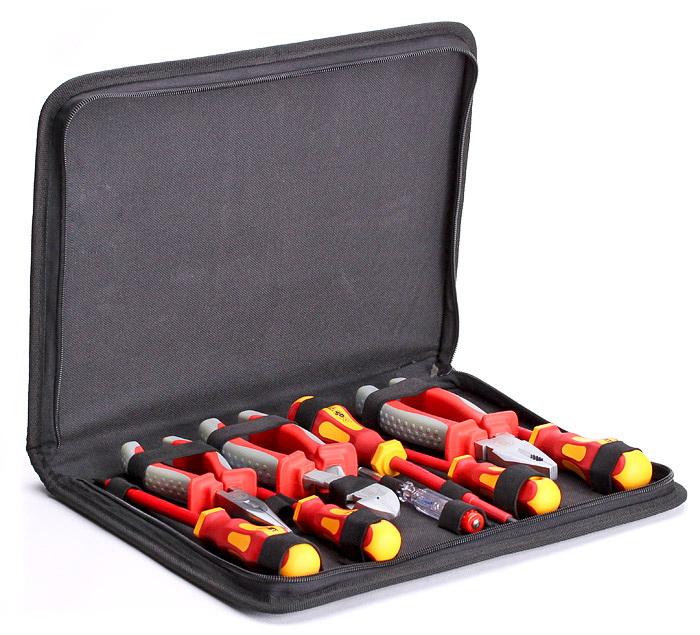 Набор КВТНаборы инструментов<br>Назначение: электрика,<br>Количество предметов в наборе: 9,<br>Тип набора: инструменты в наборе,<br>Класс: бытовой,<br>Поставляется в: сумке,<br>Родина бренда: Россия<br>