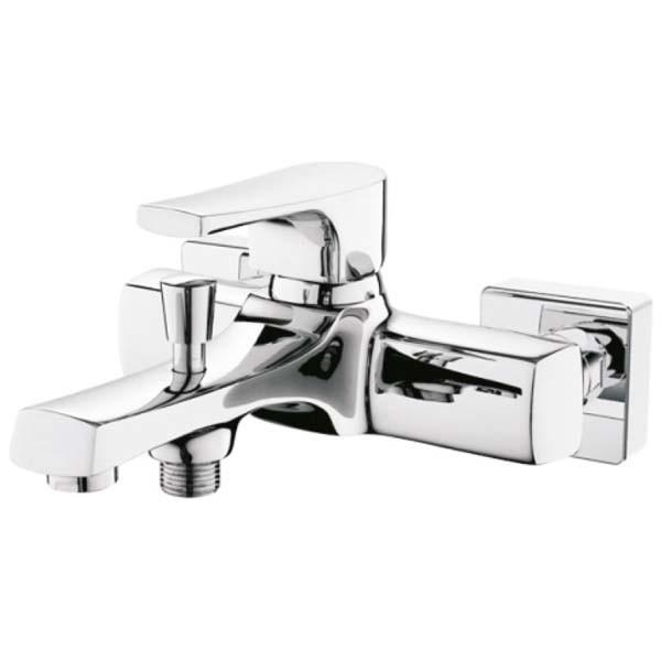 Смеситель для ванны EdelformСмесители<br>Назначение смесителя: для ванны,<br>Тип управления смесителя: однорычажный,<br>Цвет покрытия: хром,<br>Стиль смесителя: модерн,<br>Монтаж смесителя: горизонтальный,<br>Тип установки смесителя: на борт ванны,<br>Материал смесителя: латунь,<br>Излив: традиционный,<br>Аэратор: есть,<br>Родина бренда: Германия<br>