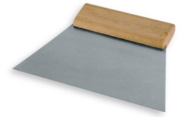 Шпатель XtopШпатели<br>Материал лезвия: сталь,<br>Ширина: 180,<br>Длина (мм): 18,<br>Вес нетто: 0.2<br>