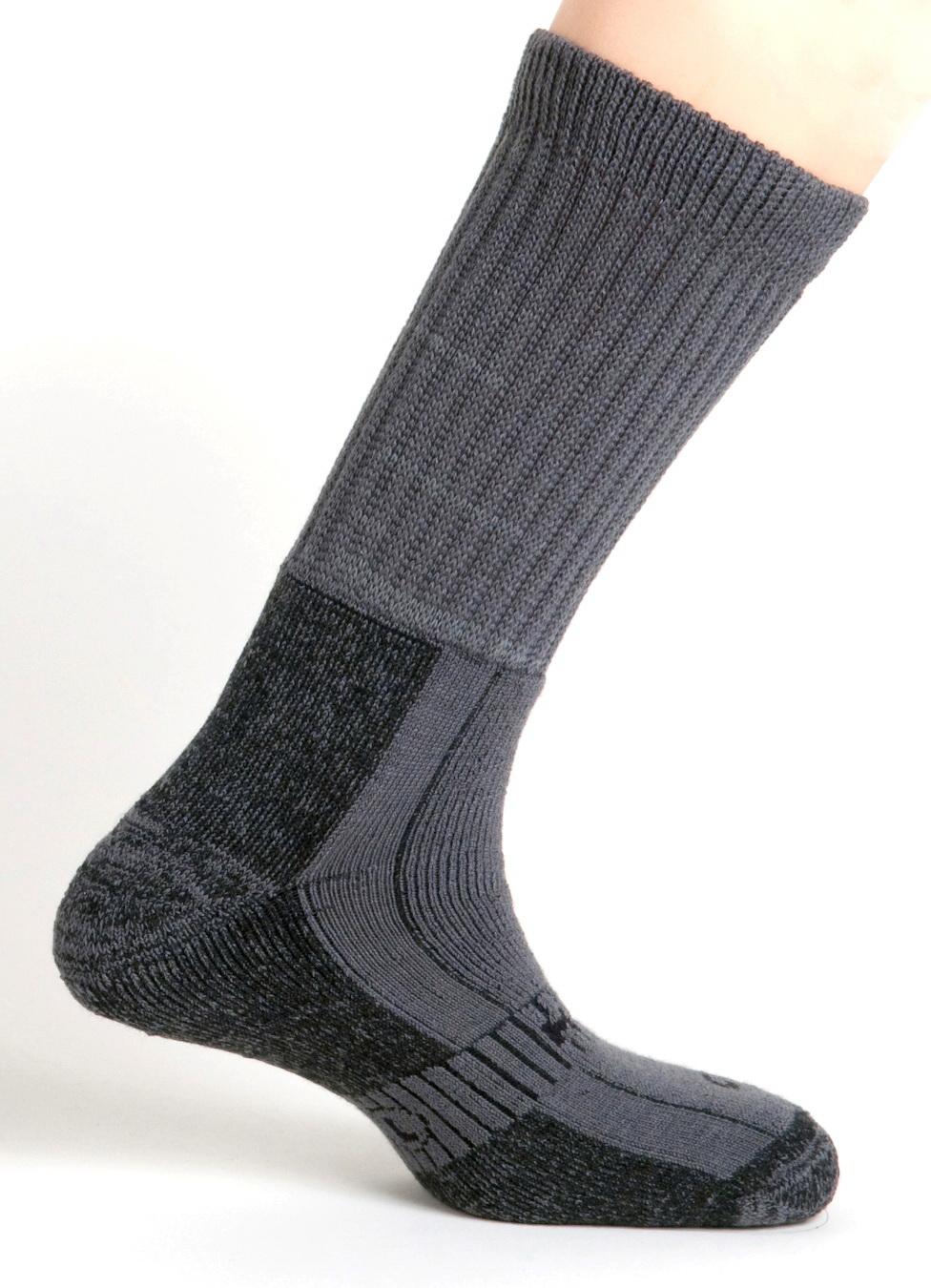 Носки MundНоски для лыж и сноуборда<br>Тип: треккинговые,<br>Размер: L,<br>Шерстяные: есть,<br>Пол: унисекс<br>