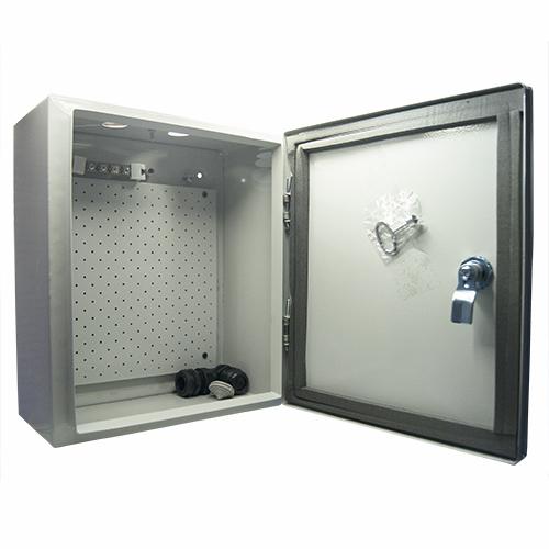 Щит МАСТЕРЩиты электрические, боксы<br>Тип: щит,<br>Тип установки: навесной,<br>Материал: металл,<br>Степень защиты от пыли и влаги: IP 54,<br>Использование: на улице,<br>Высота: 330,<br>Ширина: 280,<br>Глубина: 140,<br>Замок: есть<br>