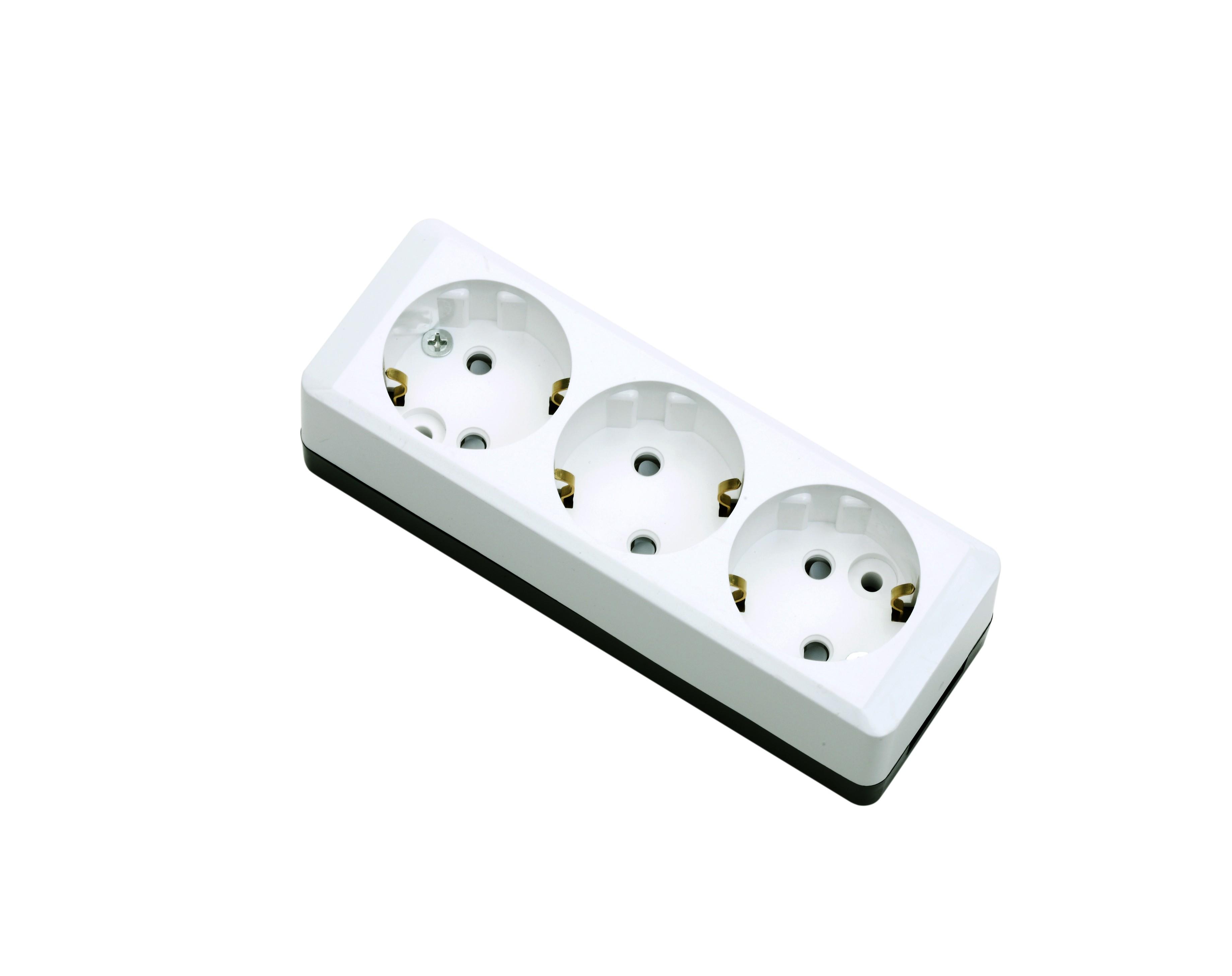 Розетка DaesungЭлектроустановочные изделия<br>Тип изделия: розетка, Способ монтажа: скрытой установки, Цвет: белый, Сила тока: 16, Количество гнезд: 3, Выходная мощность максимально: 3500<br>