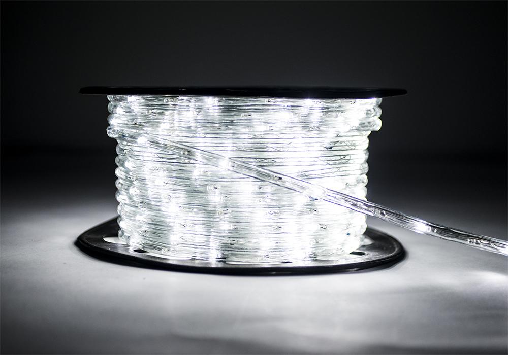 Световая лента Sturm!Светодиодные ленты, дюралайт<br>Длина ленты: 50000,<br>Ширина ленты: 1,<br>Назначение светильника: уличный,<br>Степень защиты от пыли и влаги: IP 44,<br>Тип лампы: светодиодная,<br>Количество ламп: 1200<br>