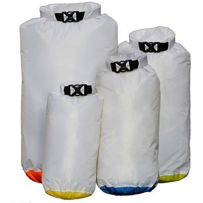 Гермомешок AquapacСумки<br>Тип изделия: гермомешок, Объем: 13, Форм-фактор: сумка, Спортивная сумка: есть, Размеры: 490х320, Ширина: 320, Высота: 490, Материал: нейлон, Водонепроницаемость: есть<br>