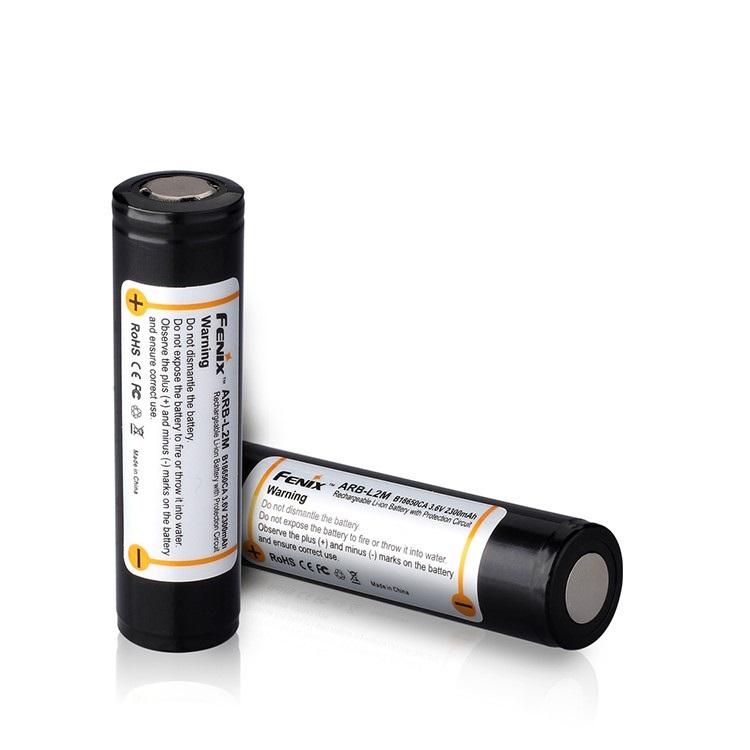 Аккумулятор FenixБатарейки, аккумуляторы и зарядные устройства<br>Напряжение: 3.6,<br>Емкость аккумулятора: 2.29999999999999,<br>Тип: 18650,<br>Тип аккумулятора: LiION,<br>Вид: аккумулятор,<br>Количество в упаковке: 1<br>