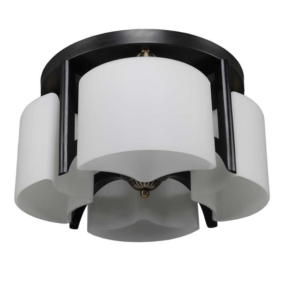 Люстра МАКСИСВЕТЛюстры<br>Назначение светильника: для гостиной,<br>Стиль светильника: современный,<br>Тип: потолочная,<br>Материал плафона: стекло,<br>Материал арматуры: металл,<br>Длина (мм): 415,<br>Ширина: 415,<br>Высота: 215,<br>Количество ламп: 4,<br>Тип лампы: накаливания,<br>Мощность: 40,<br>Патрон: Е27,<br>Цвет арматуры: дерево<br>