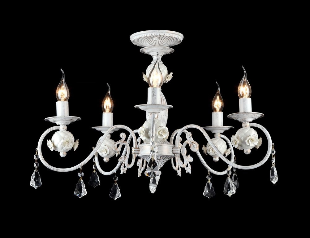 Люстра MaytoniЛюстры<br>Назначение светильника: для гостиной,<br>Стиль светильника: классика,<br>Тип: потолочная,<br>Материал светильника: металл, стекло,<br>Материал арматуры: металл,<br>Диаметр: 600,<br>Высота: 380,<br>Количество ламп: 5,<br>Тип лампы: накаливания,<br>Мощность: 60,<br>Патрон: Е14,<br>Цвет арматуры: белый<br>