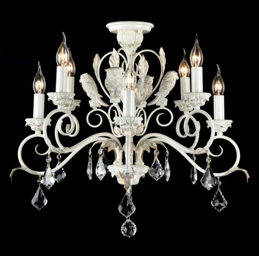 Люстра MaytoniЛюстры<br>Назначение светильника: для гостиной,<br>Стиль светильника: классика,<br>Тип: потолочная,<br>Материал светильника: металл,стекло,<br>Материал арматуры: металл,<br>Диаметр: 700,<br>Высота: 590,<br>Количество ламп: 8,<br>Тип лампы: накаливания,<br>Мощность: 60,<br>Патрон: Е14,<br>Цвет арматуры: белый<br>