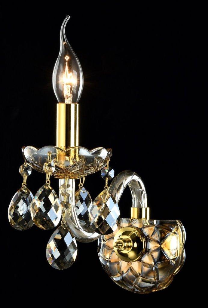 Бра MaytoniНастенные светильники и бра<br>Тип: бра,<br>Назначение светильника: для комнаты,<br>Стиль светильника: классика,<br>Материал светильника: металл, стекло,<br>Тип лампы: накаливания,<br>Количество ламп: 1,<br>Мощность: 60,<br>Патрон: Е14,<br>Цвет арматуры: золото,<br>Высота: 180,<br>Диаметр: 218,<br>Коллекция: arm937<br>