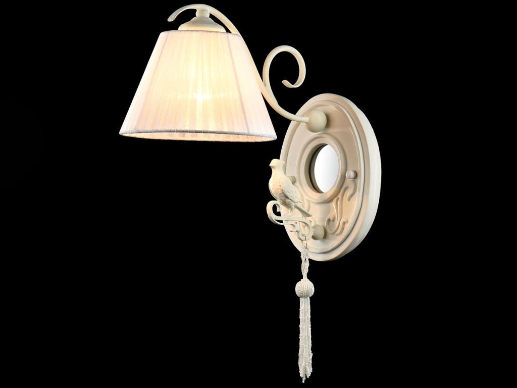 Бра MaytoniНастенные светильники и бра<br>Тип: бра,<br>Назначение светильника: для комнаты,<br>Стиль светильника: классика,<br>Материал светильника: металл, ткань, зеркало, биссер,<br>Тип лампы: накаливания,<br>Количество ламп: 1,<br>Мощность: 40,<br>Патрон: Е14,<br>Цвет арматуры: белый,<br>Высота: 450,<br>Диаметр: 180<br>
