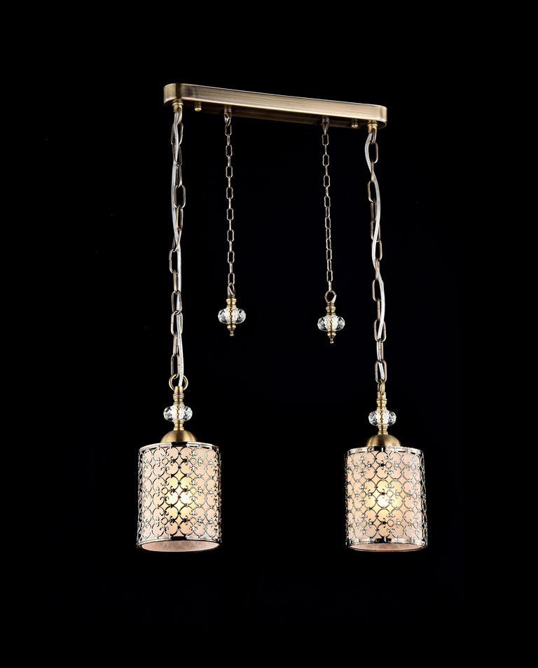 Светильник подвесной MaytoniСветильники подвесные<br>Количество ламп: 2,<br>Мощность: 60,<br>Назначение светильника: для гостиной,<br>Стиль светильника: модерн,<br>Материал светильника: металл, стекло,<br>Диаметр: 430,<br>Высота: 250,<br>Тип лампы: накаливания,<br>Патрон: Е14,<br>Цвет арматуры: бронза<br>