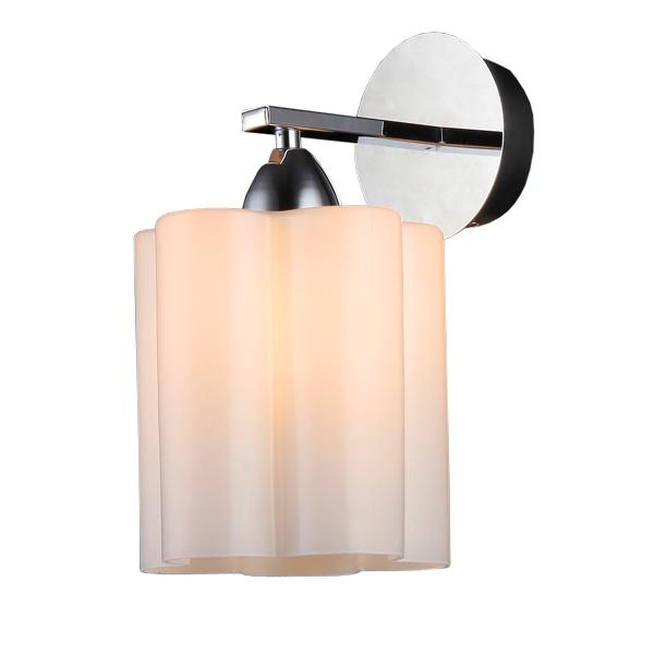 Бра Natali kovaltsevaНастенные светильники и бра<br>Тип: бра,<br>Назначение светильника: для комнаты,<br>Стиль светильника: классика,<br>Материал светильника: металл, стекло,<br>Тип лампы: накаливания,<br>Количество ламп: 1,<br>Мощность: 40,<br>Патрон: Е14,<br>Цвет арматуры: хром,<br>Длина (мм): 200,<br>Ширина: 160,<br>Высота: 230<br>