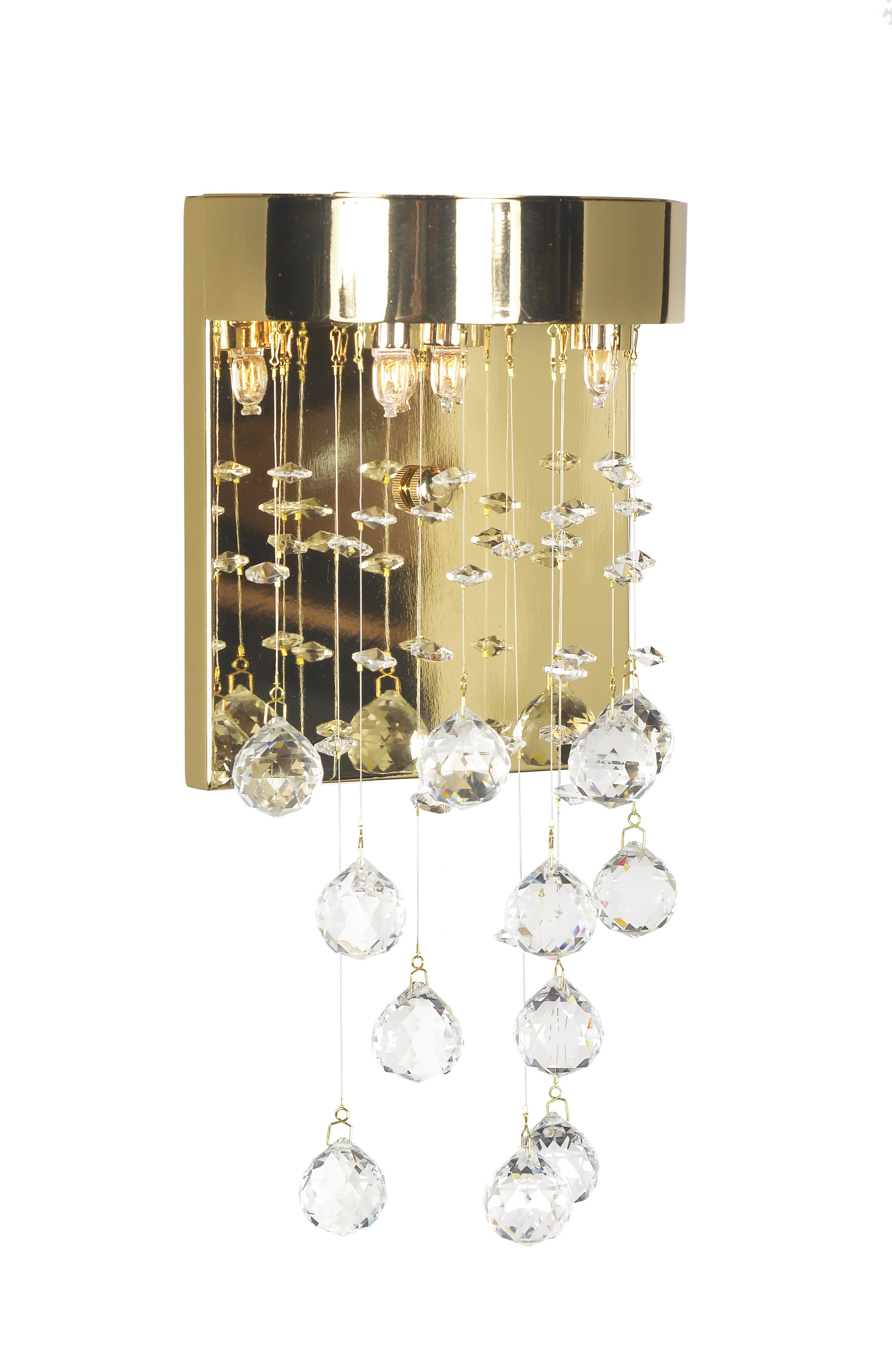 Бра Arti lampadariНастенные светильники и бра<br>Тип: бра,<br>Назначение светильника: для спальни,<br>Стиль светильника: классика,<br>Материал светильника: металл, стекло, хрусталь,<br>Тип лампы: накаливания,<br>Количество ламп: 3,<br>Мощность: 40,<br>Патрон: G9,<br>Цвет арматуры: золото,<br>Высота: 230,<br>Диаметр: 180<br>