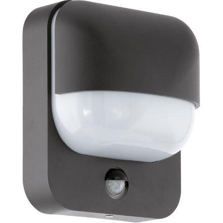 Светильник уличный EgloСветильники уличные<br>Мощность: 40, Тип установки: настенный, Стиль светильника: модерн, Количество ламп: 1, Тип лампы: накаливания, Патрон: Е27, Степень защиты от пыли и влаги: IP 44, Цвет арматуры: черный<br>