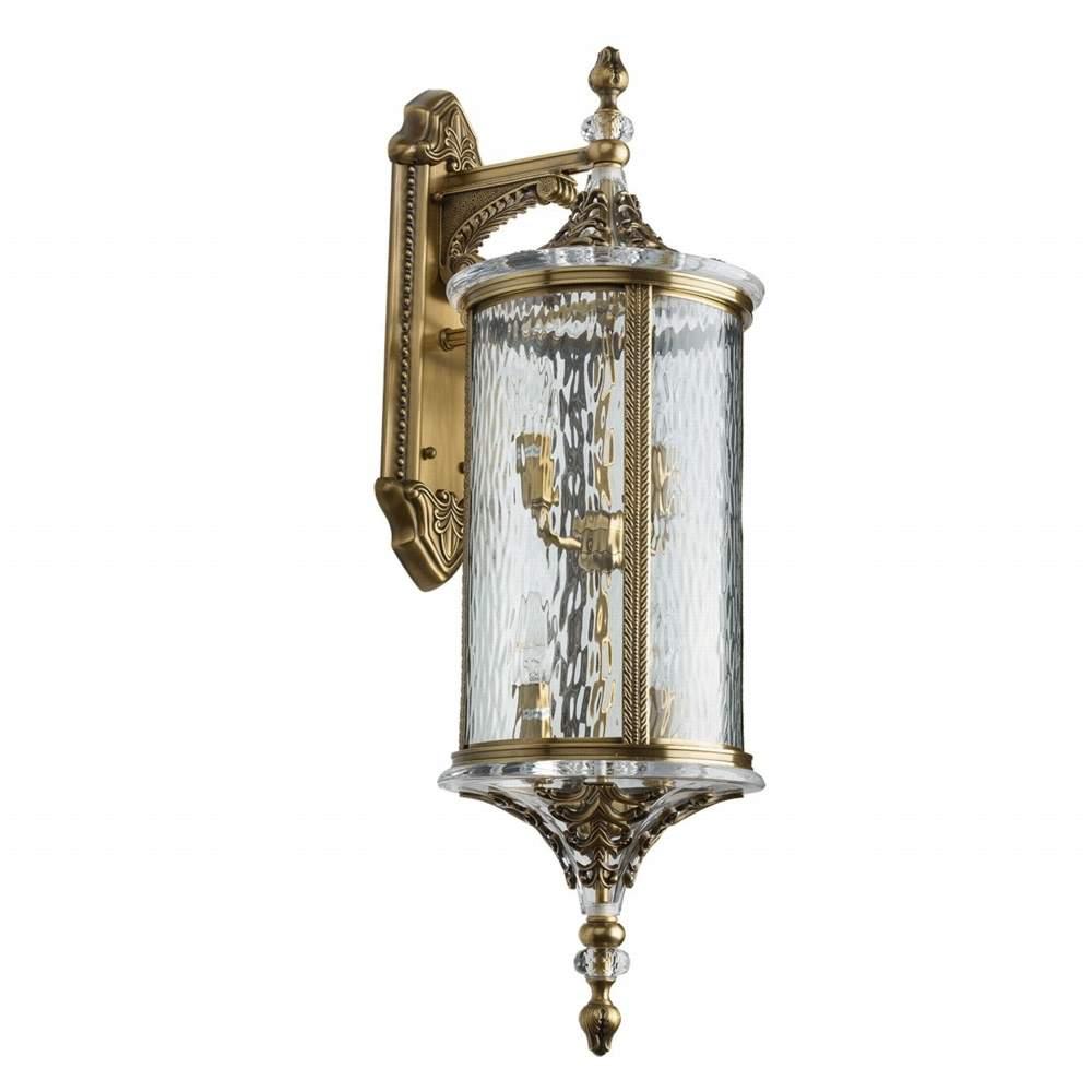 Бра ChiaroНастенные светильники и бра<br>Тип: бра,<br>Назначение светильника: для комнаты,<br>Материал светильника: металл, стекло,<br>Тип лампы: накаливания,<br>Количество ламп: 4,<br>Мощность: 60,<br>Патрон: Е14,<br>Цвет арматуры: латунь,<br>Длина (мм): 280,<br>Ширина: 800,<br>Высота: 300,<br>Коллекция: Мидос<br>