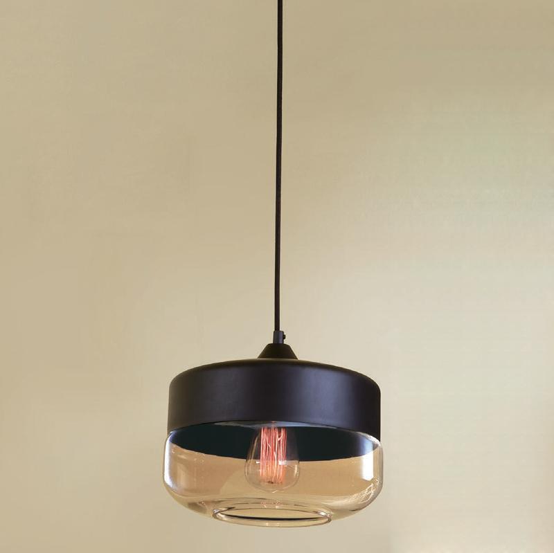 Светильник подвесной CitiluxСветильники подвесные<br>Количество ламп: 1, Мощность: 75, Назначение светильника: для комнаты, Стиль светильника: стимпанк, Материал светильника: металл, стекло, Диаметр: 250, Высота: 1250, Тип лампы: накаливания, Патрон: Е27, Цвет арматуры: черный, Коллекция: Эдисон<br>
